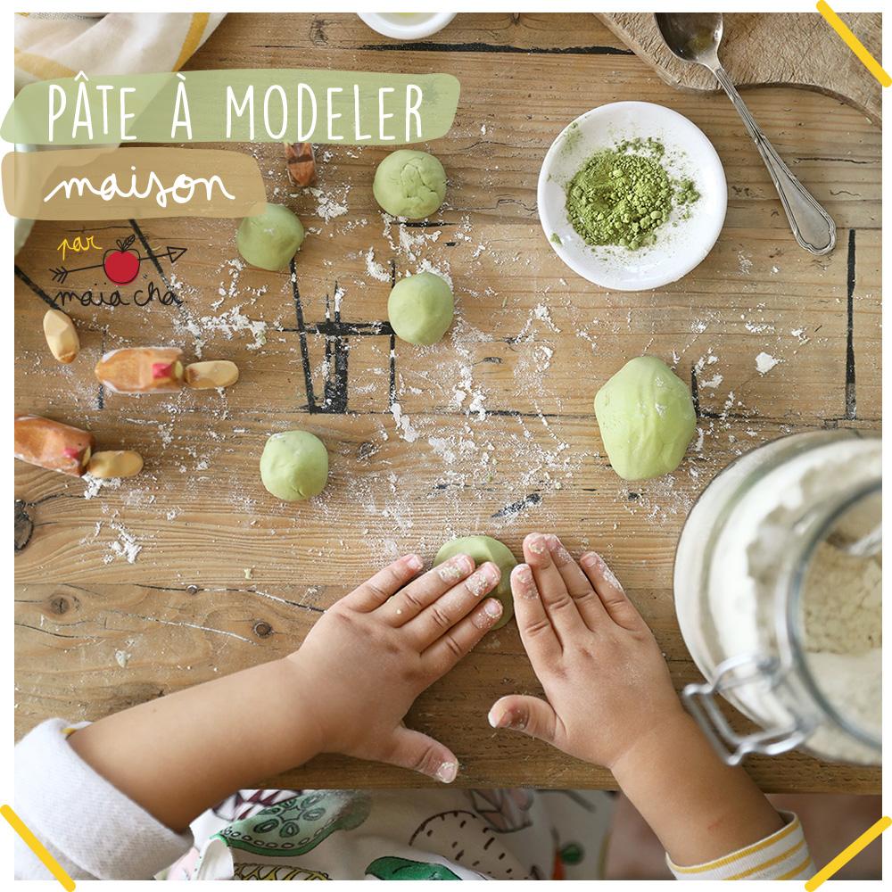 Pâte à modeler maison et naturelle - DIY enfant - Maïa Chä